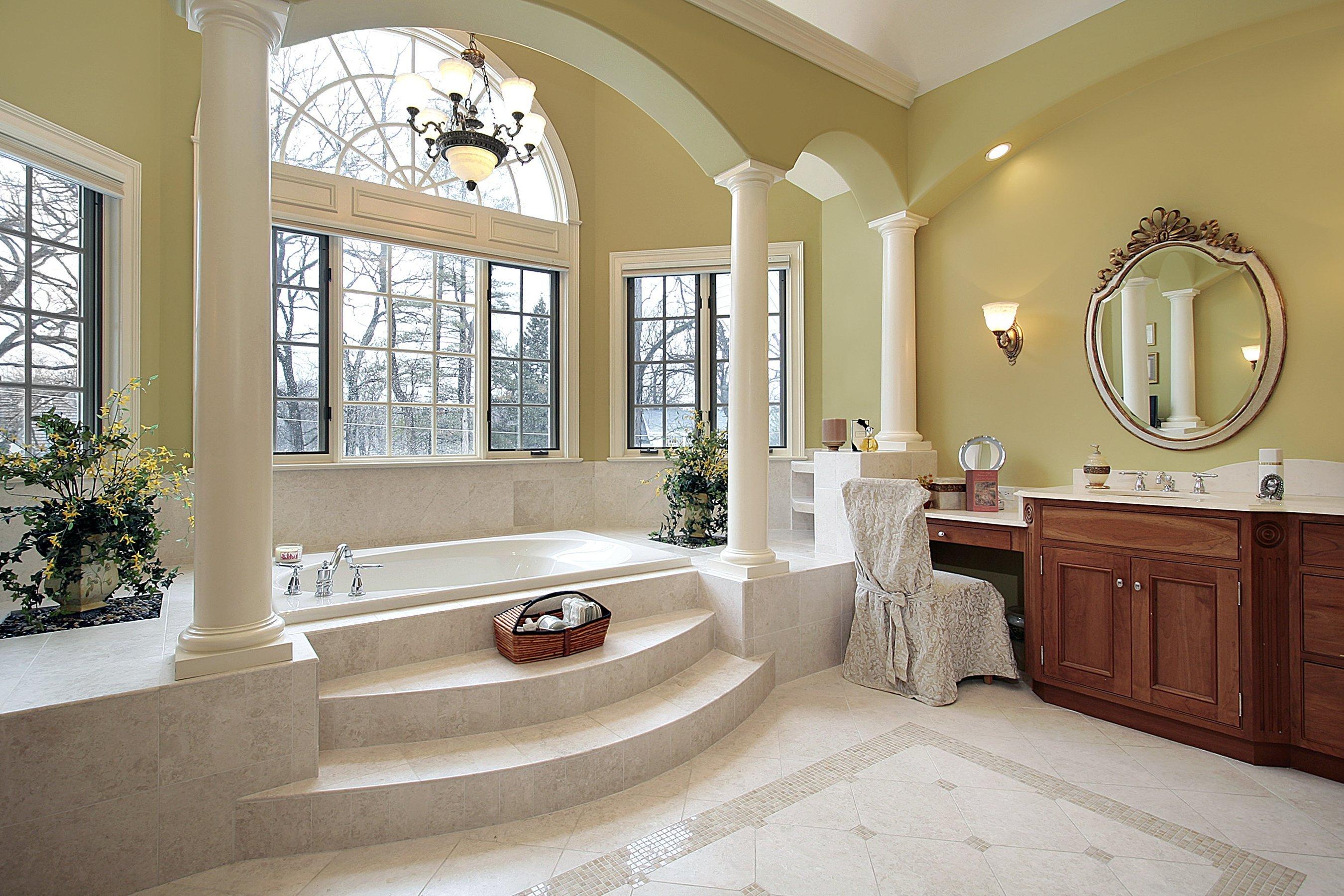 Luxe antieke badkamer