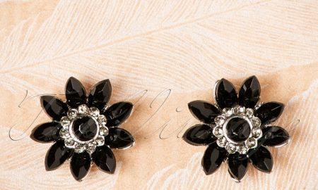 50s Audrey Jet Flower Earrings in Black